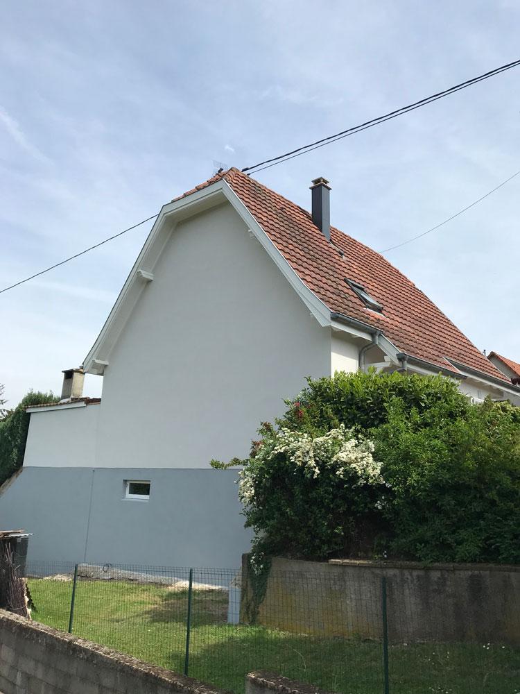 Lux peinture et décoration spécialiste rénovation de façade boisirerie et peinture extérieure après finition à Sélestat Bas-Rhin Alsace Grand Est